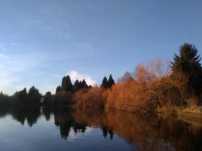 gren-lake-early-spring